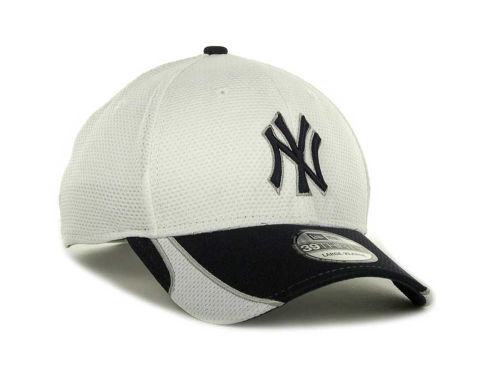 "New Era ""MLB White Tech 39 THIRTY Cap"""